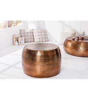 Elegancki stolik kawowy w kolorze miedzi