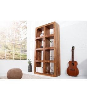 Idealny regał do pokoju w stylu skandynawskim lub salonu urządzonego w stylu rustykalnym.
