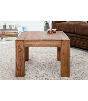 Naturalny stolik kawowy do salonu