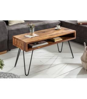 Piękny stolik kawowy idealny do salonu w stylu industrialnym