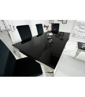 Elegancki stół do salonu