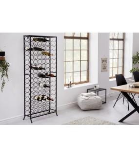 Stojak na wino CHARDONNAY 100 cm czarny do salonu w stylu nowoczesnym. Sprawdzi się w pokoju dziennym w stylu industrialnym.