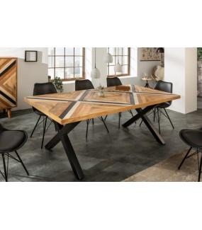 Stół LONA 160 cm drewno mango do jadalni w stylu industrialnym lub nowoczesnego salonu.