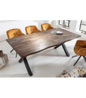 Stół GENESIS VINTAGE idealny do jadalni w stylu industrialnym. Wkomponuje się do salonu w stylu vintage.