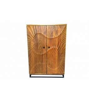 Barek DAVIDE z drewna mango idealna do salonu w stylu klasycznym. Sprawdzi się w rustykalnym pokoju.
