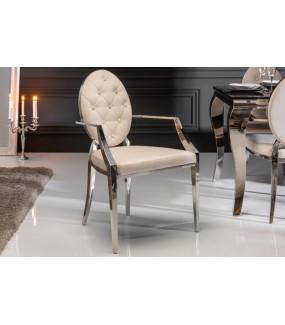 Krzesło VIENNA z podłokietnikami beżowe idealne do salonu lub jadalni w stylu glamour.