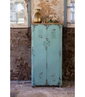 Pojemna szafa z metalu do salonu  w stylu industrialnym. Sprawdzi się w nowoczesnych wnętrzach. Ożywi wnętrze pokoju vintage.