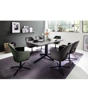 Stół RIMINI  idealnie wpisze się do nowoczesnej jadalni lub klasycznego salonu.