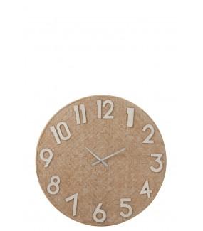 Duży okrągły zegar to idealna propozycja dla miłośników aranżacji w klimacie boho.