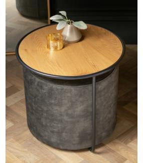 Stolik BILBAO 55 cm w optyce dębu będzie ciekawym dodatkiem aranżacyjnym w salonie
