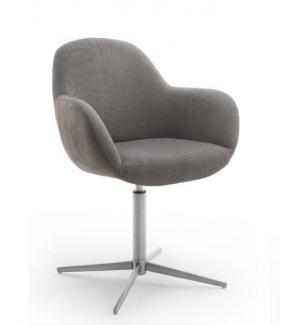 Krzesło MELROSE będzie świetnie wyglądać w klasycznej jadalni oraz w industrialnym salonie.