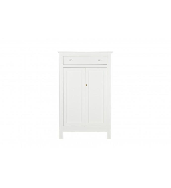 Szafa Eva wykonana z drewna sosnowego idealna do pokoju w stylu rustykalnym lub przedpokoju w stylu skandynawskim.